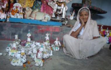 Criminals vandalise 23 idols of Hindu god Shiva at a temple in Kaliganj upazila of Jhenidah early Tuesday. Photo: STAR