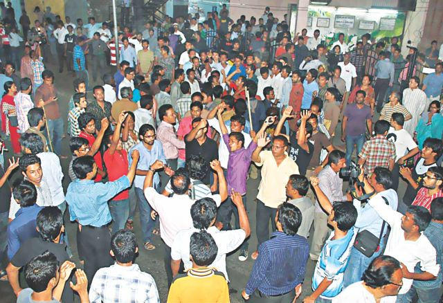 People burst into protest following a cocktail blast near the Gonojagoron Mancha on Press Club premises in Chittagong yesterday. Photo: Star