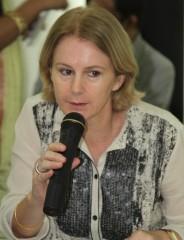 Bettina Schimdt