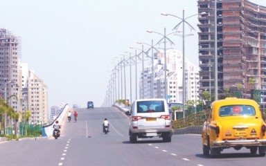 Spacious highways and high rises indicate how much Calcutta has developed. Photo: Zahedul I Khan
