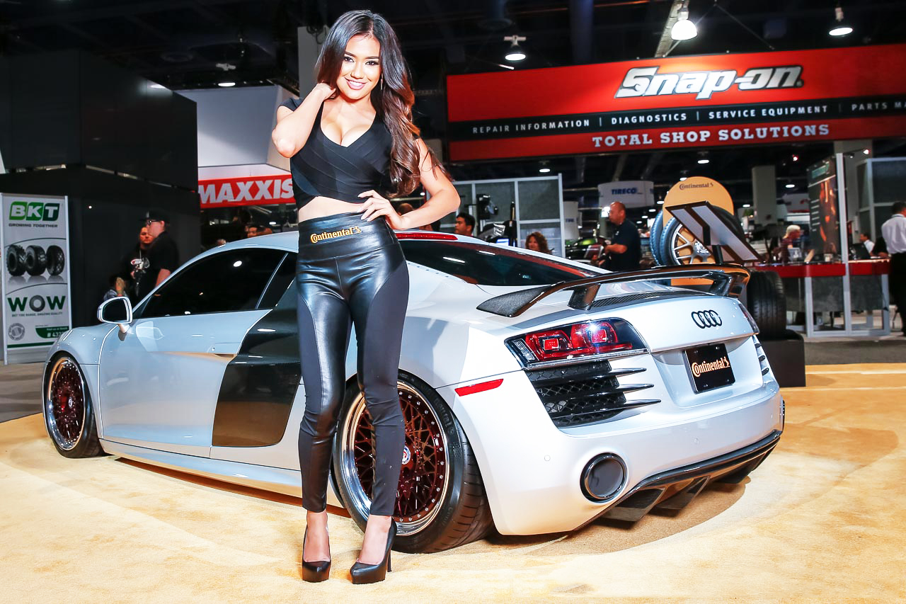 sema 2015 the daily starsema 2015 show in las vegas wild custom cars beautiful women and. Black Bedroom Furniture Sets. Home Design Ideas