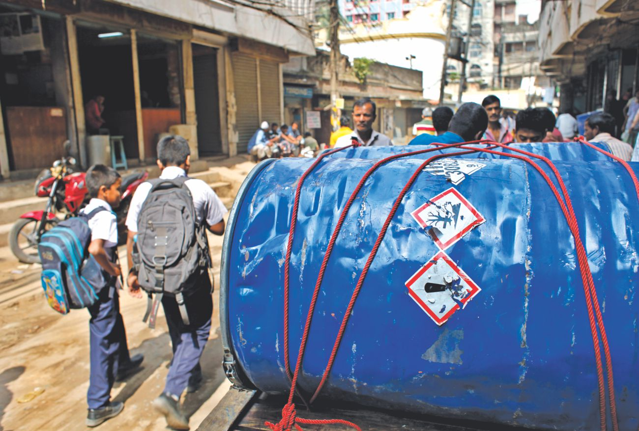 hazards in dhaka city Beautiful dhaka city ashraful alam loading famous restaurant in dhaka city & their illegal business policy & safety send feedback test new.
