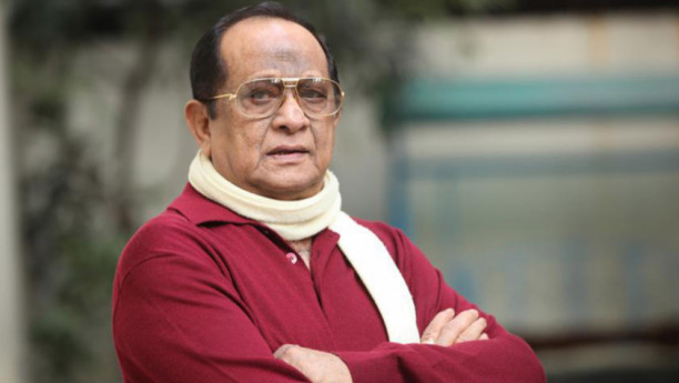 Legendary film star Razzak passes away