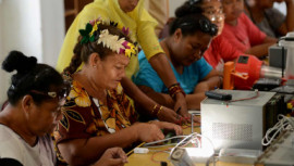 """""""Solar Mamas"""" power up women's development"""