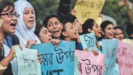 English Medium Schools: Session fees illegal: HC