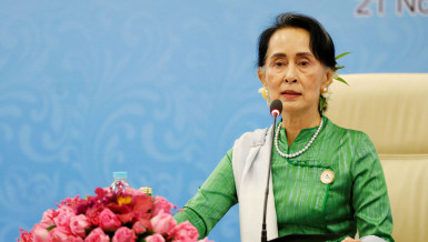 Rohingyas return: Suu Kyi hopes to strike deal with Bangladesh this week