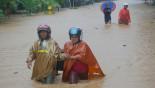 Cyclone kills 19, most under landslide, in Indonesia