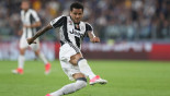 Alves special sends ruthless Juve into final