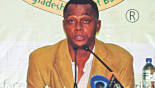 Courtney Walsh to lead pace bowling camp