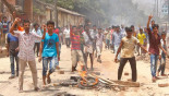 Jute mill workers clash; road blocked in Ctg