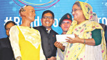 Sophia charms PM, Dhaka audience