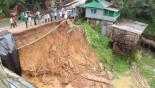 Deadly landslide in pictures
