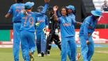 Rain holds up Australia, India women's semi