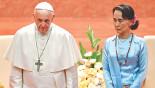 Pope sidesteps Rohingya crisis