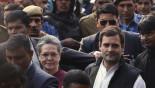 Sonia, Rahul Gandhi given bail in graft case