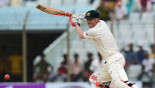 Warner hurts neck but confident of playing in Gabba