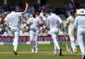 South Africa thrash England