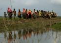 Crisis looms as nearly 125,000 Rohingyas flood into Bangladesh