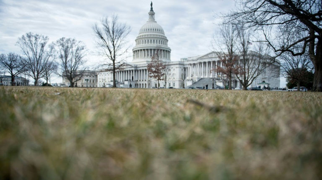 Government shutdown comes to a temporary end