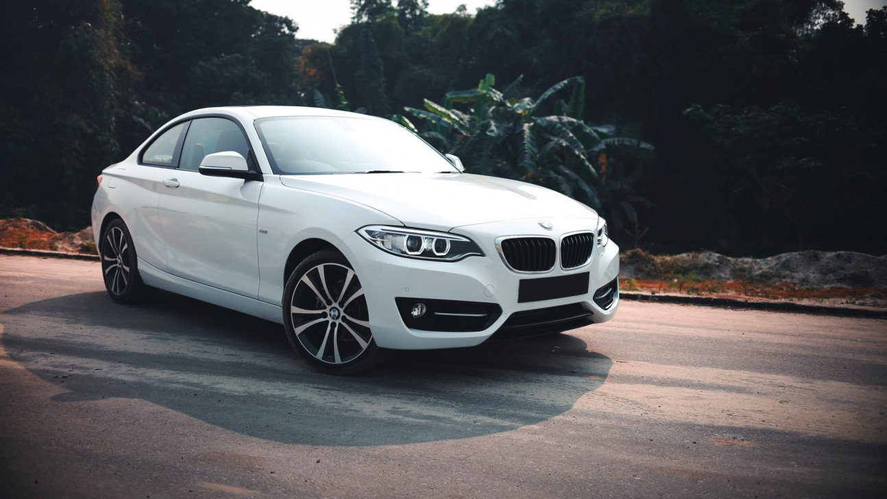 light lively litttle coupe 2016 bmw 218i sport line. Black Bedroom Furniture Sets. Home Design Ideas