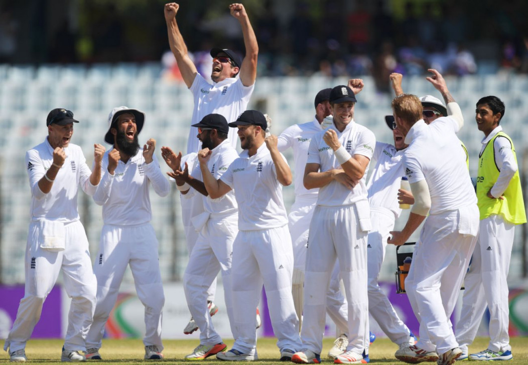 Bangladesh need 33 with 2 wickets for thrilling win against England