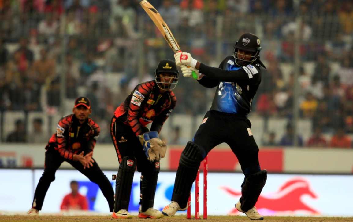 Chris Gayle lights up BPL with 51-ball 126 not out