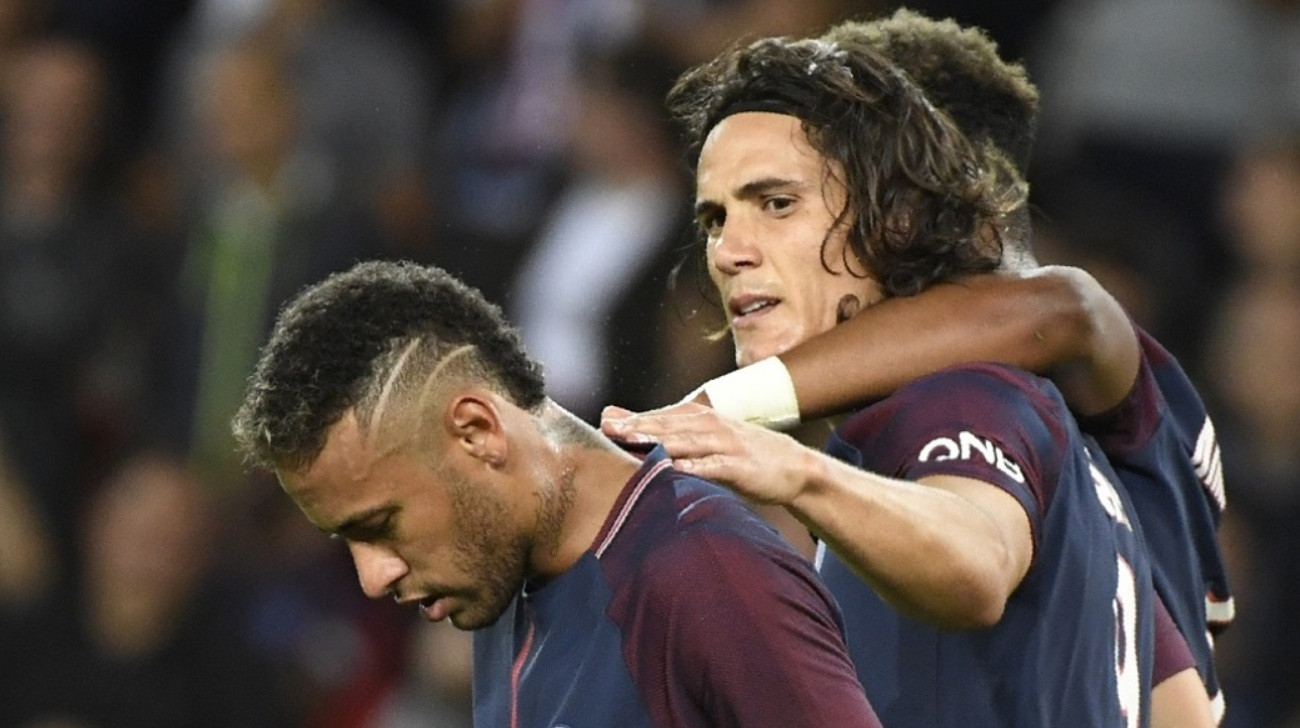 Cavani speaks on 'fight' with Neymar over free-kicks, penalties