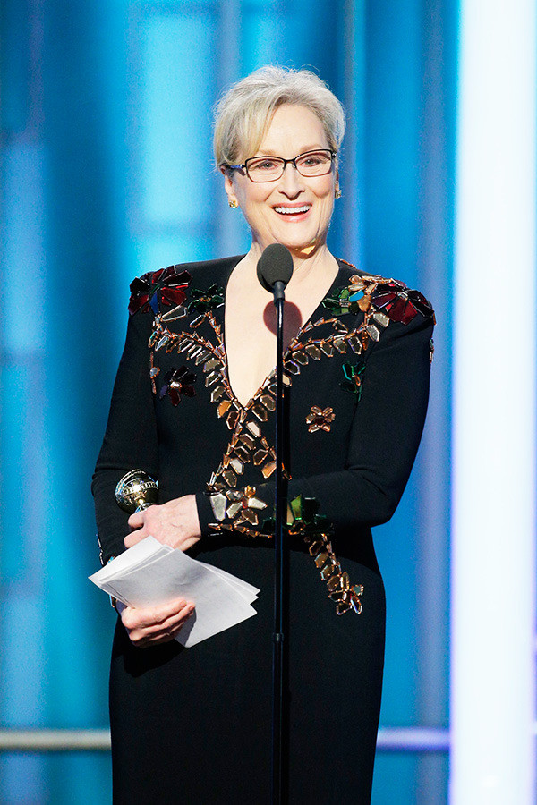 Meryl Streep recives the Cecille B. Demille Award