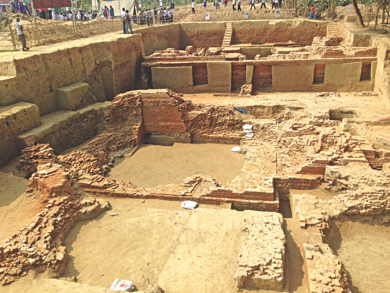 Agrashar Vikrampur Foundation in collaboration with Hunan Provincial Institute of Cultural Relics and Archaeology of China excavated this over 1,000-year-old Buddhist temple in Nateshwar in Munshiganj. The dig has so far revealed structures, terracotta motifs, and a road of the temple. Photo: Pinaki Roy