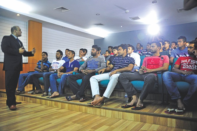 Psychological skill development coach Ali Khan delivers a lecture to 32 Bangladesh cricketers at the National Cricket Academy in Mirpur yesterday.  PHOTO: STAR