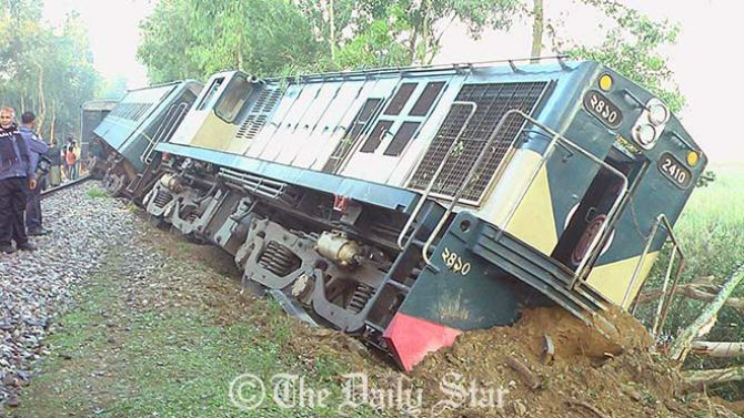 Hold probe into frequent train accidents