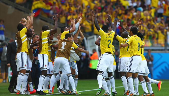 Pablo Armero of Colombia (3rd R) celebrates with teammates after scoring his teams first goal during the 2014 FIFA World Cup Brazil Group C match between Colombia and Greece at Estadio Mineirao on June 14, 2014 in Belo Horizonte, Brazil. Photo: Getty Images