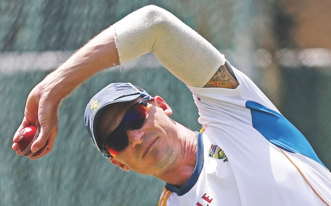 South Africa pace spearhead Dale Steyn stretches during a practice session ahead of their second Test against Sri Lanka in Colombo yesterday. PHOTO: REUTERS