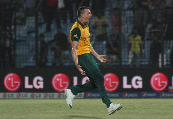 Champion South Africa pace bowler Dale Steyn runs for joy after scripting a fascinating last-over victory against New Zealand at the Zohur Ahmed Chowdhury Stadium in Chittagong yesterday. He bowled five dot balls in that over. Photo: Anurup Kanti Das