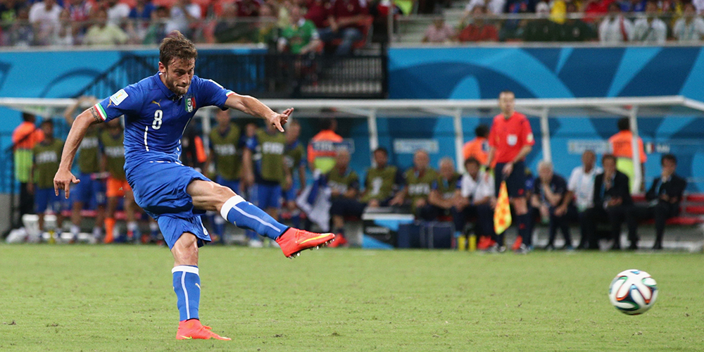 Claudio Marchisio of Italy shoots and scores his team's first goal during the 2014 FIFA World Cup Brazil Group D match between England and Italy at Arena Amazonia on June 14, 2014 in Manaus, Brazil. Photo: Getty Images
