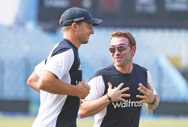 England, who recorded a morale-boosting win over Sri Lanka the other day, players share a light moment during training at the MA Aziz Stadium in Chittagong yesterday. PHOTO: ANURUP KANTI DAS