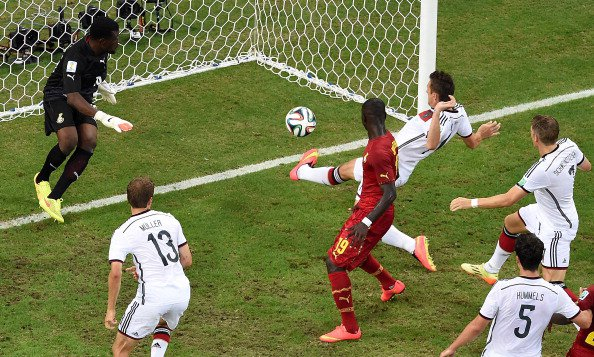Germany's forward Miroslav Klose (topR) scores during a Group G football match between Germany and Ghana at the Castelao Stadium in Fortaleza during the 2014 FIFA World Cup on June 22, 2014.Photo: Getty Images