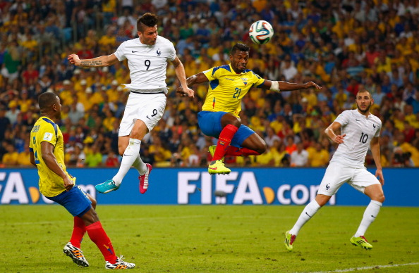 Olivier Giroud of France heads the ball toward goal against Gabriel Achilier of Ecuador during the 2014 FIFA World Cup Brazil Group E match between Ecuador and France at Maracana on June 25, 2014 in Rio de Janeiro, Brazil. Photo: Getty Images
