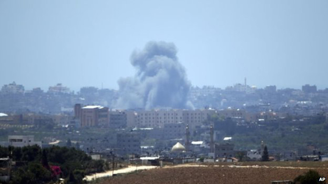 Israel has continued its air strikes on targets in Gaza