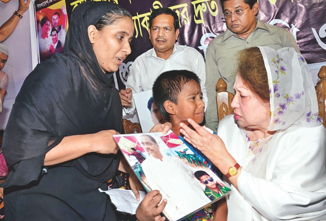 All in tears, the son of Ibrahim, driver of Chandan Sarkar and one of the victims of Naryanganj seven-murder, talks about his father when the BNP chairperson met the family yesterday. Photo: Star