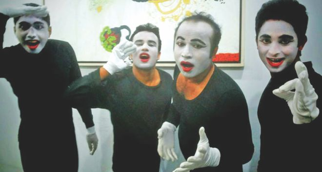 Mime-dramas on labour awareness staged