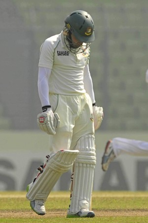 PICTURE SAYS IT ALL: Bangladesh skipper Mushfiqur Rahim bears a defeated look while walking back after being dismissed on the fourth day of the first Test against Sri Lanka at the Sher-e-Bangla National Stadium yesterday. His team were no better as they were routed by an innings and 248 runs. Photo: firoz ahmed