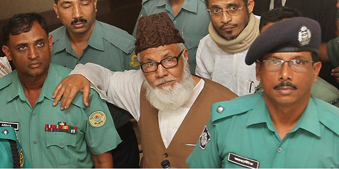 Jamaat-e-Islami leader Motiur Rahman Nizami (centre). Star file photo
