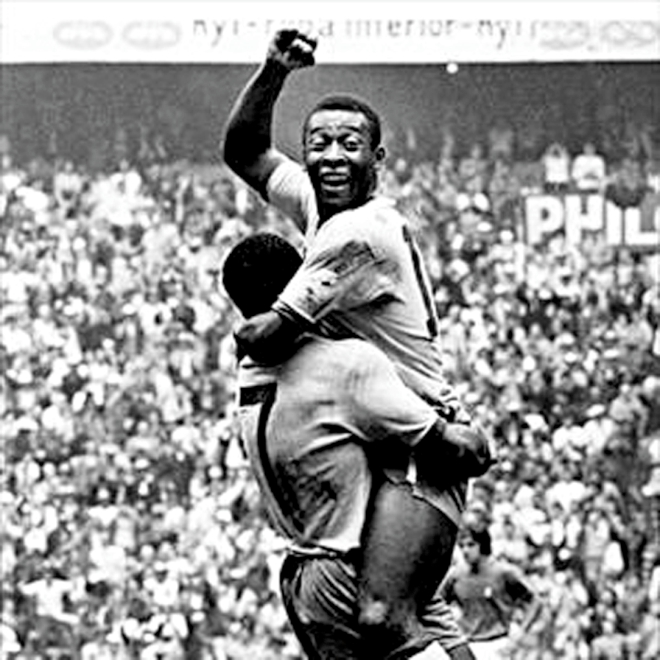 The iconic photo of a 17-year-old Pele during the 1958 World Cup in Sweden. Photo: Daily Star Archive