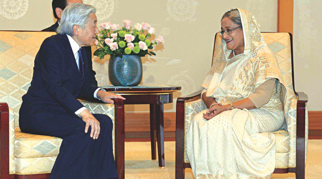 Prime Minister Sheikh Hasina meets Japanese Emperor Akihito at the Imperial Palace in Tokyo yesterday. Photo: PID