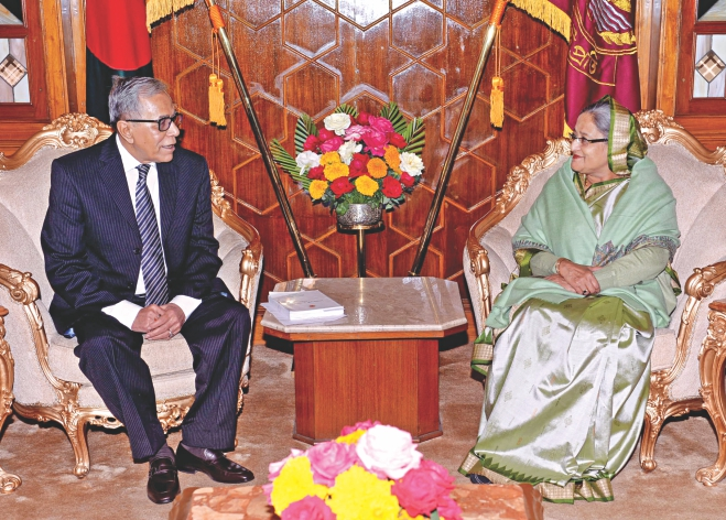 Prime Minister Sheikh Hasina meets President Abdul Hamid in his residence Bangabhaban in the capital yesterday. Photo: PID
