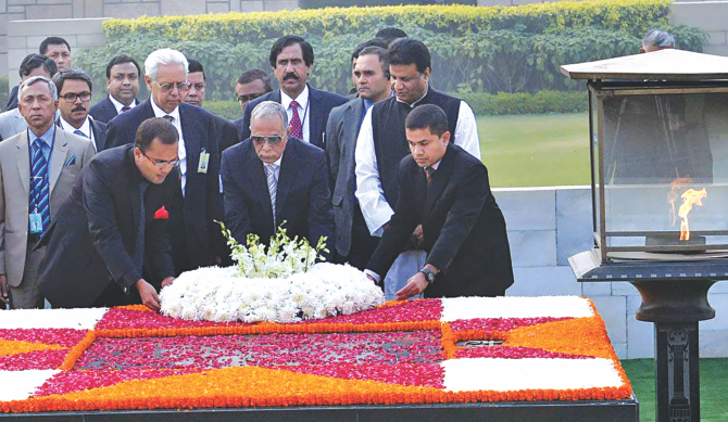 Hamid pays tribute to Gandhi