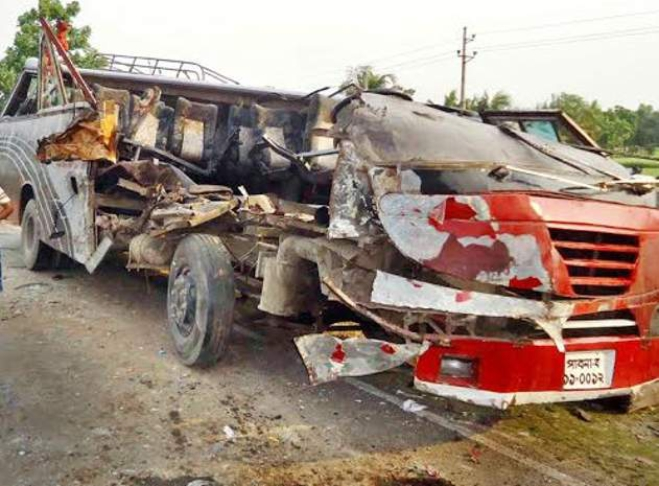 The wreckage of the bus on the side of the road after the crash that killed 10 people in Rajbari. Photo: Courtesy