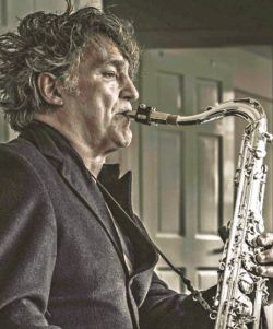 Saxophone player Raphael Ravenscroft dies