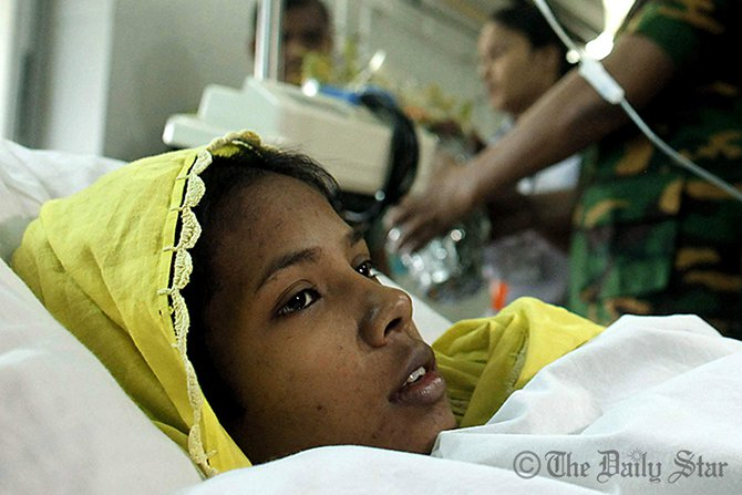Reshma, who survived 17 days under the rubble, rests at a hospital after being rescued. Photo: Star